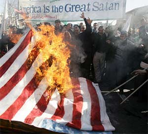 IRanians burn US flag