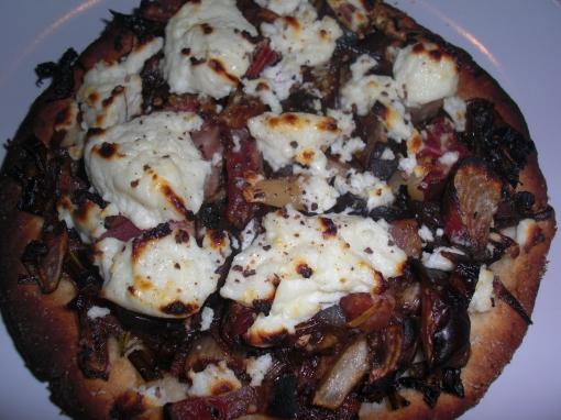 beet pizza.jpg