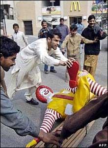 Muslim_Riot_McDonalds_1.jpg