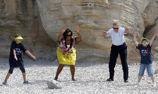 harry-reid-michelle-obama-yoga.jpg