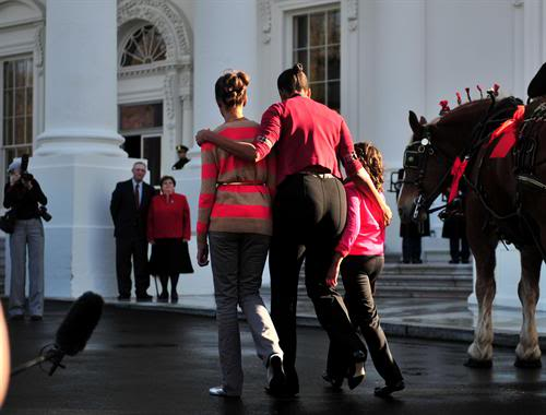 michelle-obamas-fat-ass-in-motion.jpg