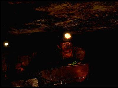 coal-miner-0908-lg-35575384.jpg