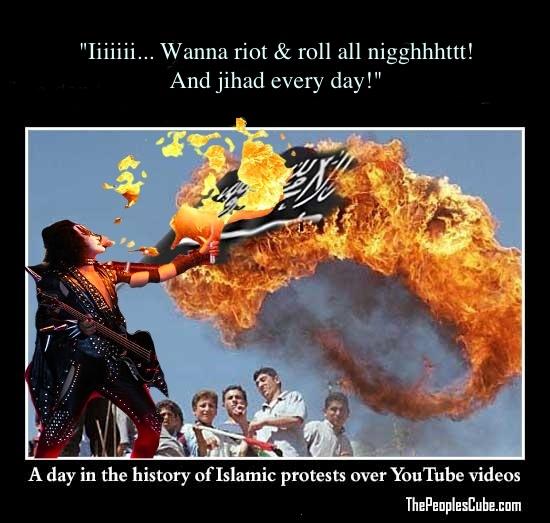 15813-Muslim_Protest_Islam_Flag_Burning copy.jpg