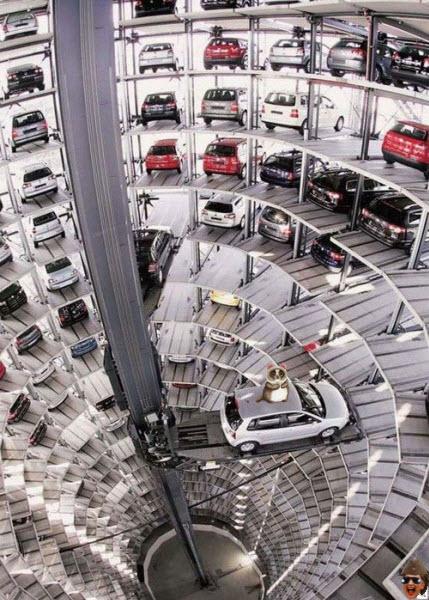 romney-car-elevator2.jpg