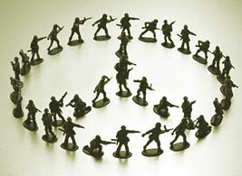 Toy_Soldiers_Peace_Sign.jpg