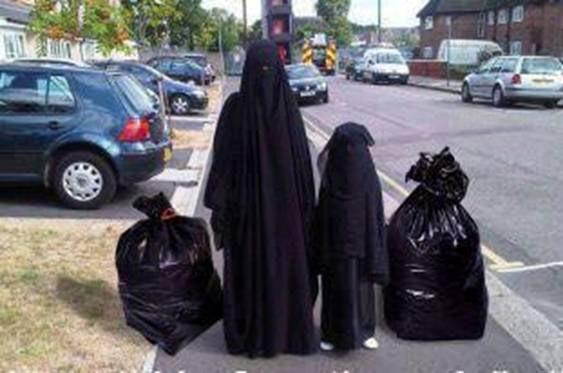 Burka_Garbage_Bags_Mistake.jpg