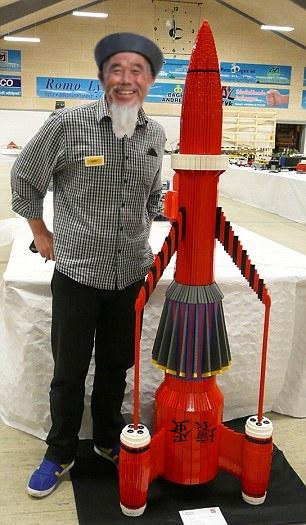 lego Rocket (2a).jpg