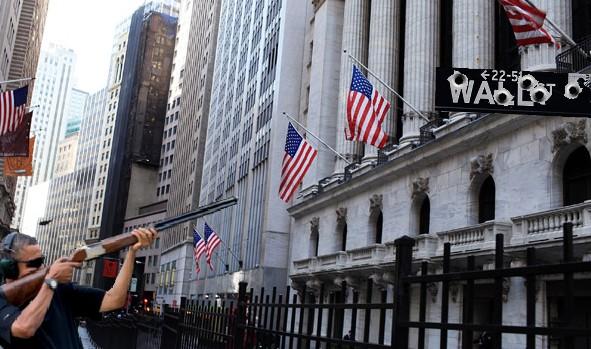 Wall-Street-Layoff.jpg
