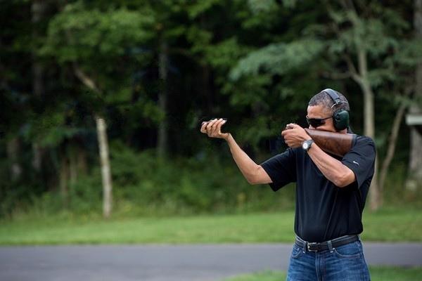 Obama-Skeet-Shooting-Photo.jpg