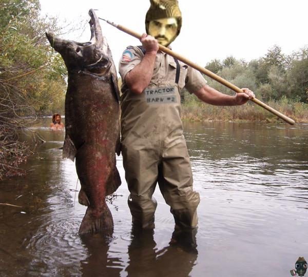 tovarichi-welcomes-red-salmon.jpg