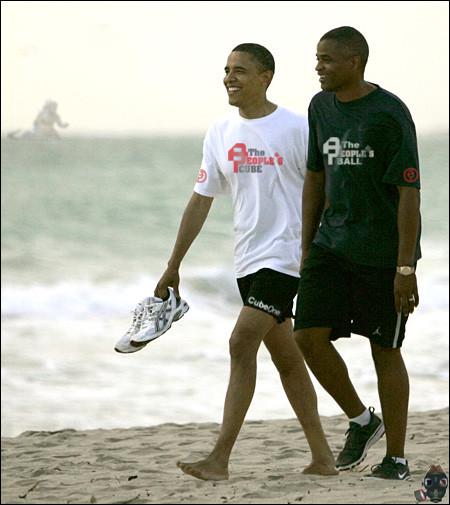obama-at-the-beach.jpg