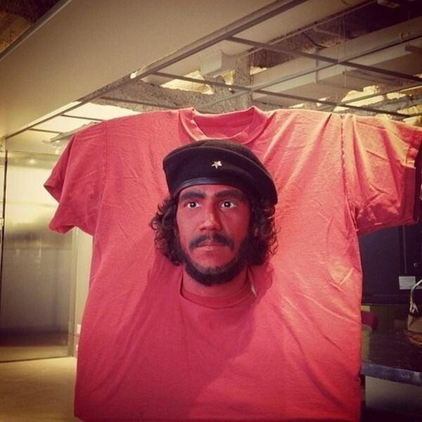 Che_Shirt_Halloween_Costume.jpg