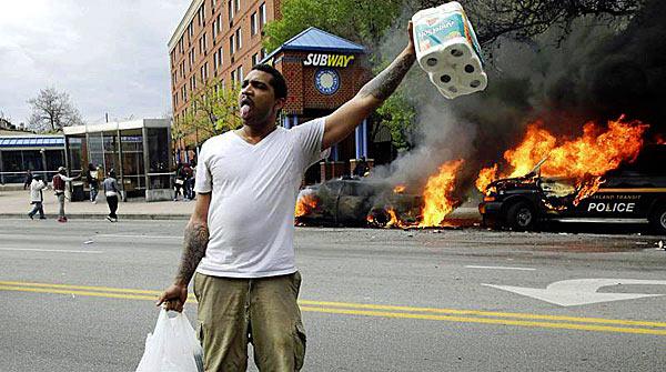 Baltimore_Looter_Toilet_Paper.jpg