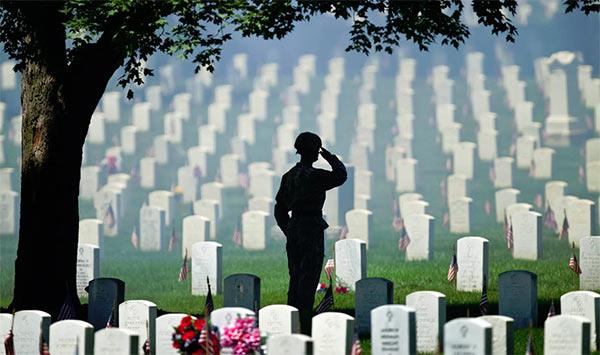 Memorial_Day_Cemetery.jpg