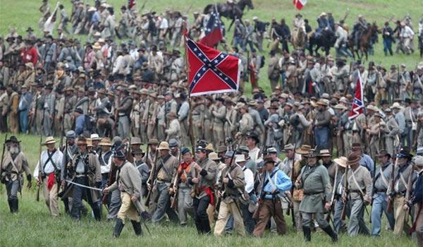 Reenactors_Confederate_Flag.jpg