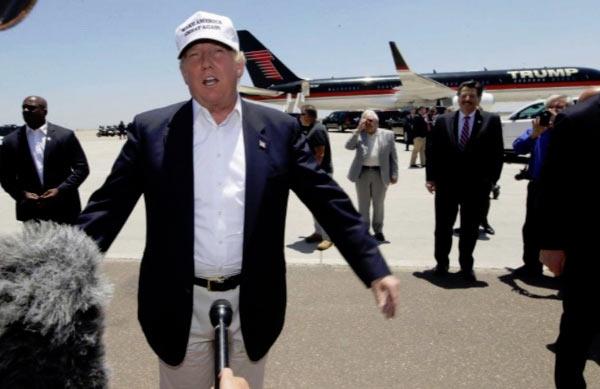 Trump_Mic_Caption.jpg
