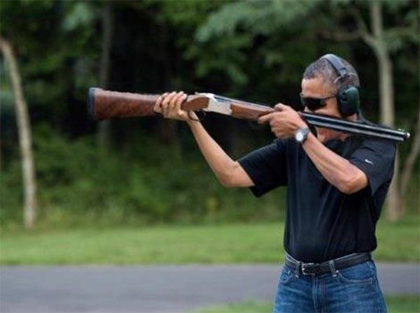 Obama_Skeet_Backward.jpg