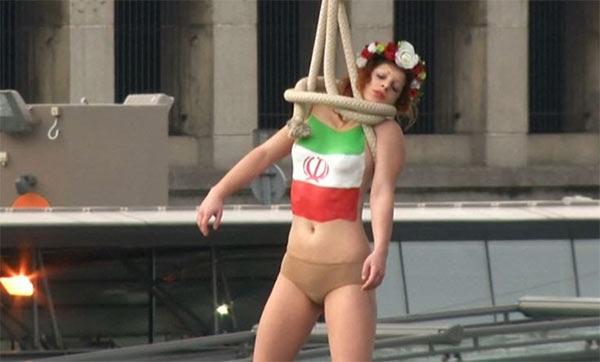 Femen_Hanging_Iran_Paris.jpg
