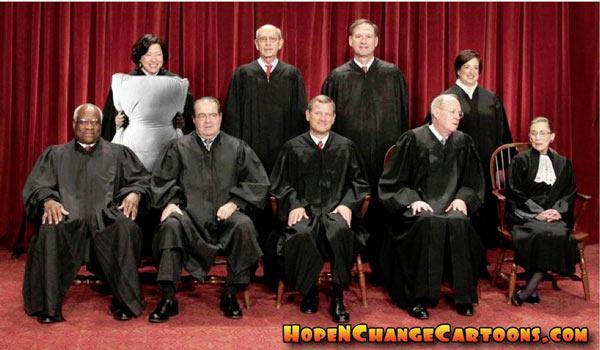Scalia_Pillow_Group_Photo_SCOTUS.jpg
