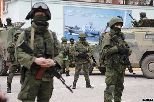 Crimea_Russian_Troops_2.jpg