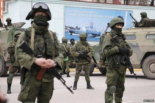 Crimea_Russian_Troops_2.jpg
