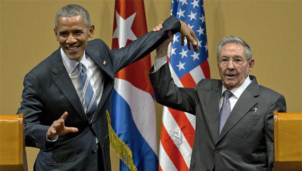 37903-Obama_Castro_Puppet.jpg