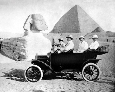kna.automobile-freak-show.26.(tin lizzie and the sphinx).jpg