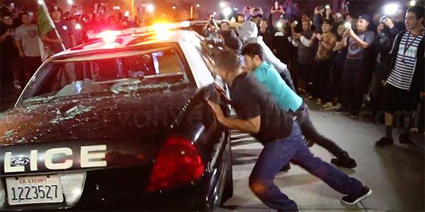 Trump_Protest_California_Police.jpg