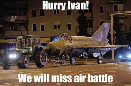 Russian_Plane_Tractor_Ivan.jpg