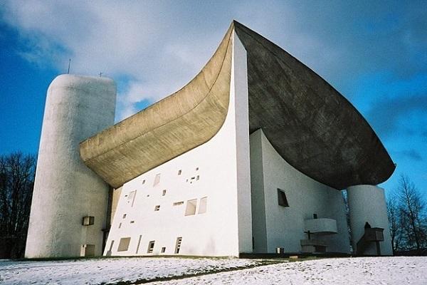 Le Corbusier.Ronchamp.Chapelle Notre Dame du Haut.4.1954.(600).jpg
