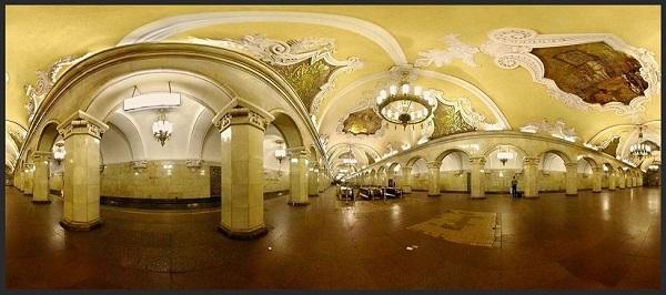 SU.Moscow.Metro.Komsomolskaya.1952.panorama.(600).jpg