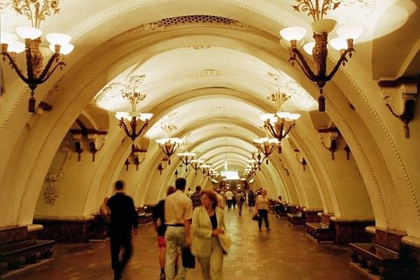 SU.Moscow.Metro.Arbatskaya.1.(600).jpg