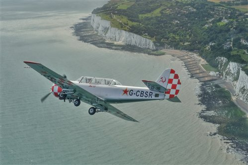yak-52-over-the-english-channel_jpg_500x400.jpg