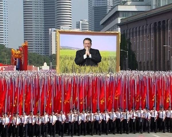 ClimSci.NKOR.2012.Pyongyang.parade.EXCERPT.Al Gore.(600).jpg