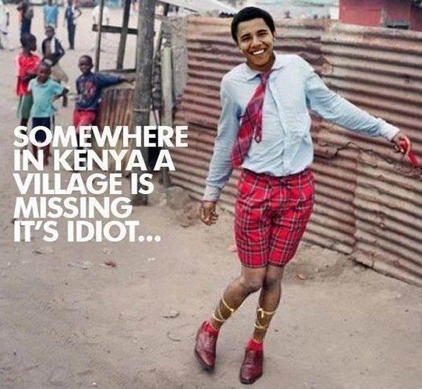 US.Obama.dumbo.man-child in Oval Office.(village-idiot).(600).jpg