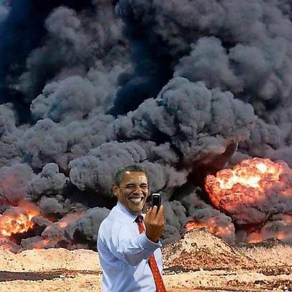 Obama.nuke.selfie.cretin.(600).jpg