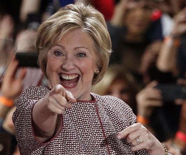 p1_Hillary_fake_enthusiasm.jpg