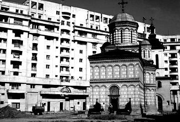 RO_Bucharest_Mihai_Voda_Church_1984_orig_1591.jpg