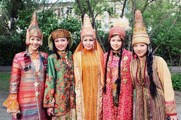Kazakh_Girls.jpg