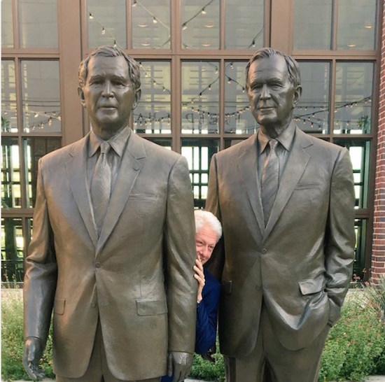 Clinton-between-Bushes.jpg
