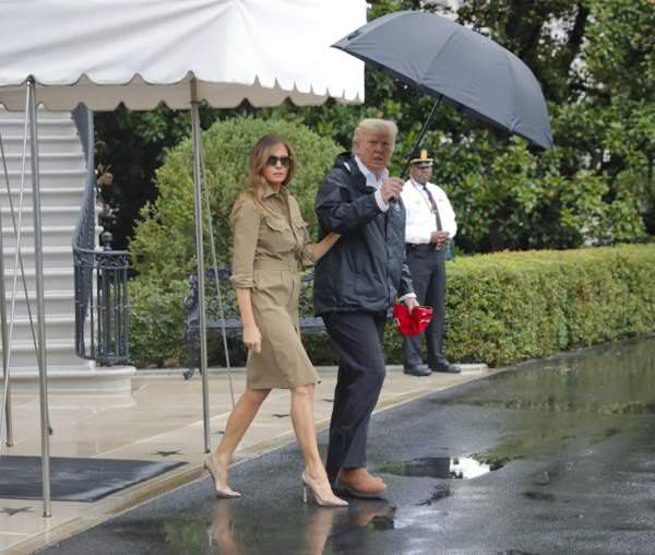 Melania in High Heels AGAIN.jpg