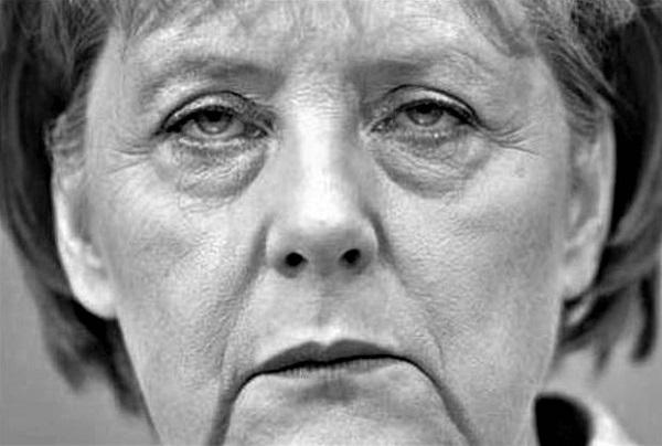 Merkel.Stumpfsinn.0.(600).jpg