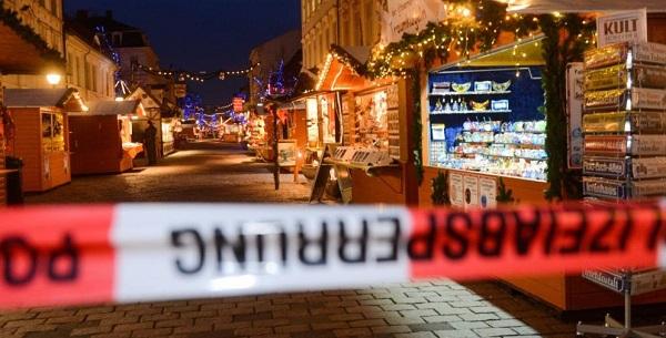 DE_Weihnachten_Potsdam_Sprengstoff_(2017.12.01)_(600).jpg
