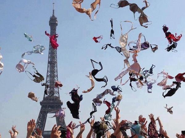 French_Victory_Bras.jpg