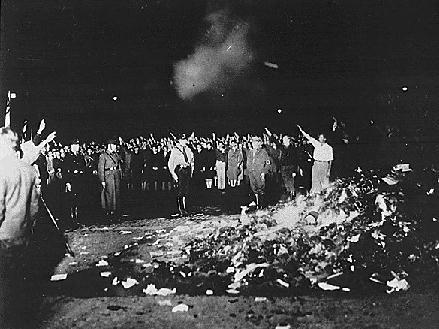 nazi-book-burning-1933.jpg