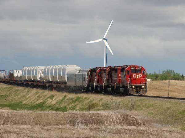 Wind-powered_train.jpg