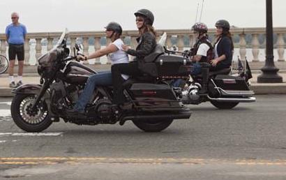palin motorcylce.jpg