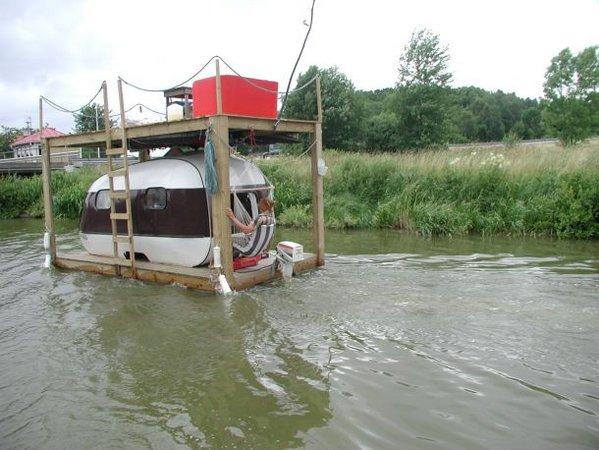 small-boat.jpg
