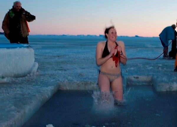 mid-winter-swim052.jpg