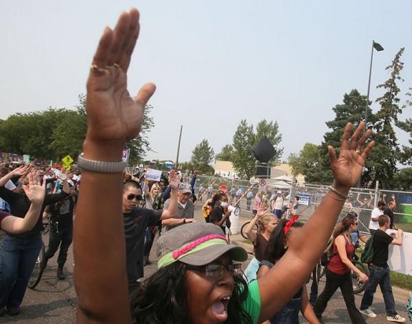 protest+gal83015+2041.jpg